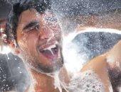 اضرار الاستحمام البارد فى الشتاء أرشيفية