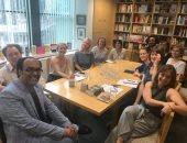 أحمد سعداوى يتلقى بالوكيل الأدبى فى لندن