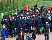 إخلاء مخيم للمهاجرين فى فرنسا