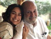 هند صبرى ووالدها فى عيد الأب