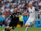 جانب من مباراة الارجنتين وايسلندا
