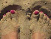 الرمال مفيدة لصحة قدميك