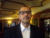 الدكتور فؤاد عبد الله أستاذ الأمراض العصبية والسكتة الدماغية بطب القاهرة