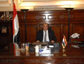 الدكتور عز الدين أبو ستيت - وزير الزراعة واستصلاح الأراضى