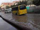 مياه الصرف الصحى تغرق شوارع القرية