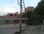أعمدة الكهرباء بقرية الهماص بسوهاج