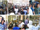 زحام المواطنين على شباك التذاكر القطارات
