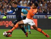 جانب من مباراة سابقة بين فرنسا وهولندا