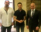 تامر مرسى مع الاعلامى مصطفى عاطف