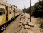 إهمال كبير تشهده محطة السكة الحديد بقرية كفر طبلوها