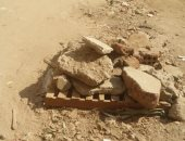 وضع الحجارة على البالوعات