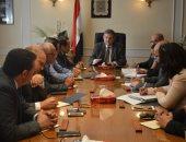 هشام توفيق خلال لقاء رؤساء النقابات العامة