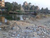 قمامة ومخلفات صلبة بنهر النيل ببنها