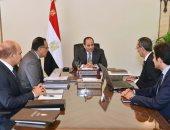 الرئيس السيسى يلتقى رئيس الوزراء ووزير الاتصالات