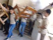 التلاميذ تنقل المقاعد