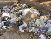 تراكم  القمامة فى الحى الحادى عشر بمدينة 6 أكتوبر