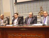 الدكتور عز الدين أبوستيت  بلجنة الزراعة