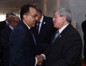 الدكتور مصطفي مدبولي رئيس الوزراء و أحمد أويحيى رئيس وزراء الجزائر
