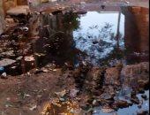 طفح مياه المجارى فى شارع مؤسسة الزكاة بالمرج