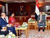 الرئيس عبد الفتاح السيسي و سكرتير عام تجمع الكوميسا