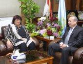 جانب من اجتماع وزيرة الثقافة ومحافظ كفر الشيخ
