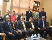 اللواء عبد الحميد الهجان محافظ قنا والدكتور محمد المحرصاوي رئيس جامعة الازهر
