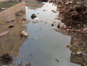 مياه الصرف تحاصر سكان شارع كامل السبكى