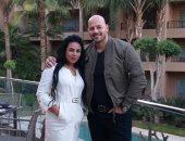 الفنان أحمد التهامى وزوجته