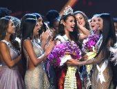 ملكة جمال الفلبيين كاتريونا جراى تحتفل بالفوز