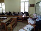 بدء تصحيح أوراق امتحانات طلاب الشهادة الإعدادية