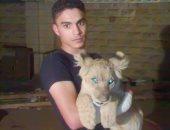 محمود البيلى مع الأسد
