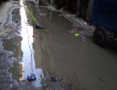 غرق شارع عادل السيد بمياه الصرف الصحى