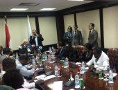 لقاء مكرم محمد احمد مع عدد من رؤساء تحرير الصحف الافريقية