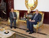 السفير العراقى لدى القاهرة أحمد نايف الدليمى والسفير السورى بسام درويش