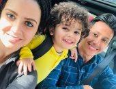 عمرو جمال وعائلته