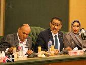 جانب من لقاء الوفد الإعلامى الإمارتى ورؤساء تحرير الصحف المصرية