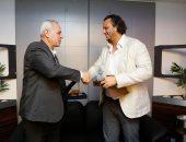 ممدوح عيد مع أشرف عامر رئيس الإنتاج الحربى