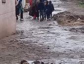 تراكم مياه الأمطار بقرية الجمعان
