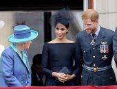 الملكة إليزابيث والأمير هارى وزوجته ميجان