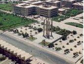 جامعة حلوان ورئيس الجامعة والطلاب