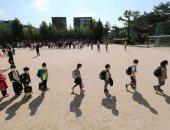 تلاميذ كوريا الجنوبية يعودون إلى مدارسهم