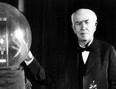 توماس إديسون والمصباح الكهربائى