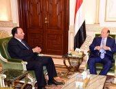 الرئيس اليمنى عبد ربه منصور هادى ومستشاره عبد العزيز جبارى