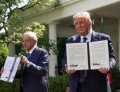 الرئيسان يوقعان على الاتفاقية التجارية
