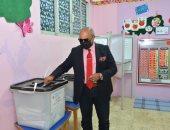 مساعد وزير التموين يدلى بصوته فى انتخابات مجلس الشيوخ