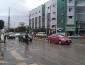 أمطار غزيرة وهواء شديد