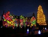 أضواء أعياد الميلاد تضيئ ليل بريطانيا