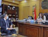 لقاء محافظ دمياط والرئيس التنفيذى لشركة مدينة دمياط للأثاث
