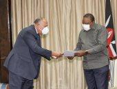وزير الخارجية سامح شكرى يسلم رسالة الرئيس السيسى إلى رئيس كينيا