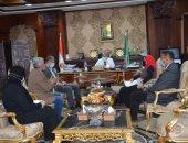 اللواء أسامة القاضى محافظ المنيا يعقد اجتماعاً طارئا لإيجاد حلول لمشكلة انقطاع المياه